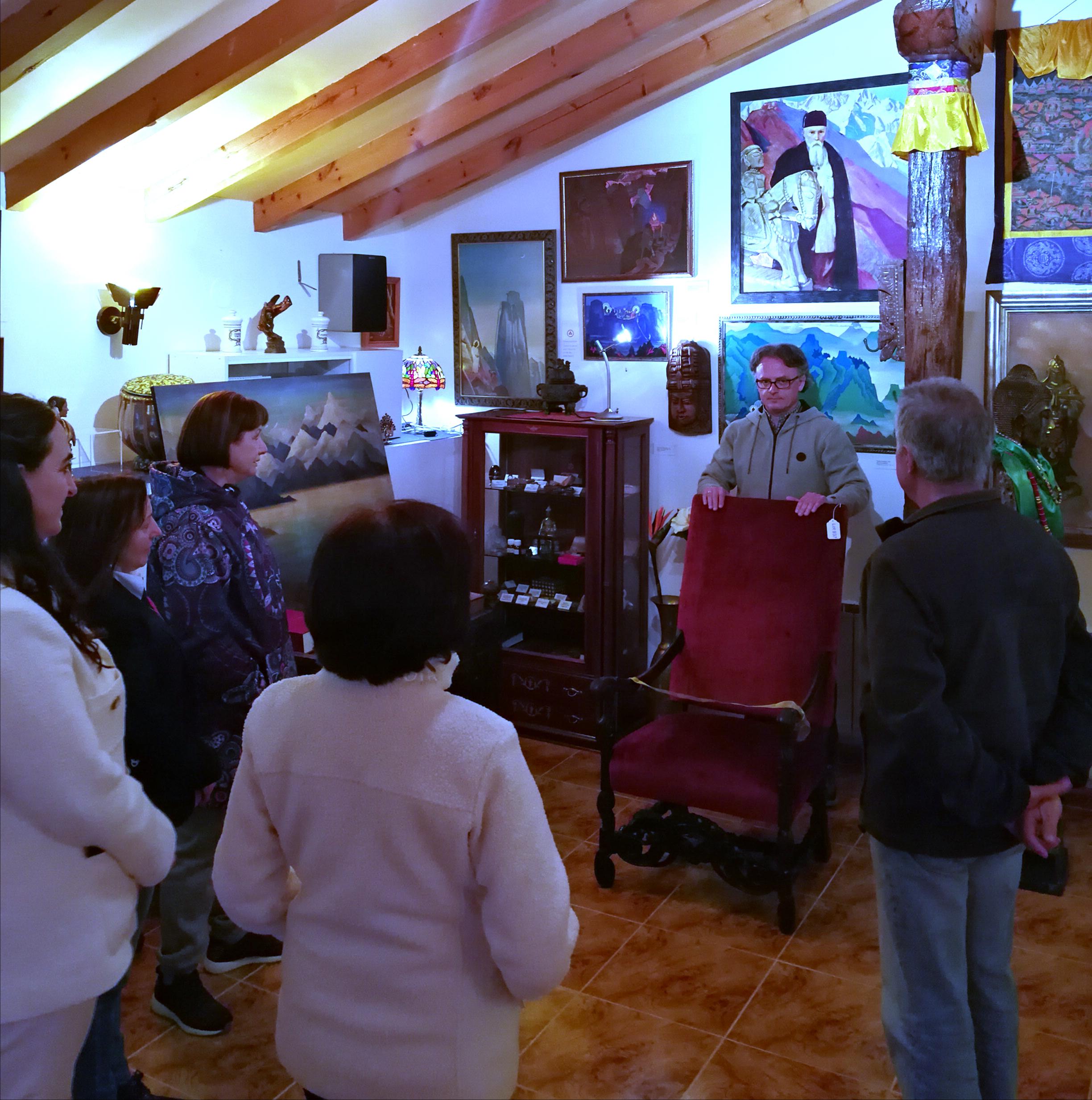 Presentación silla Roerich